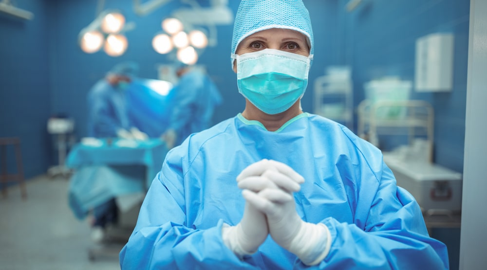 Is it safe to have cosmetic surgery during covid