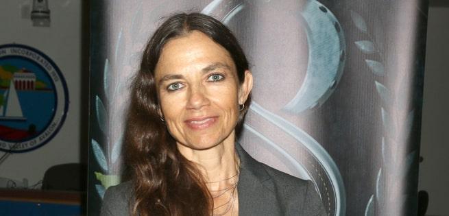 Did Justine Bateman have plastic surgery